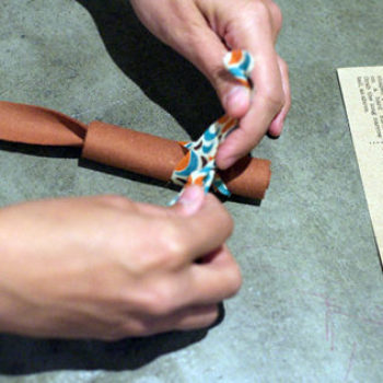 moomah: creative arts cafe + diy mouse toy project