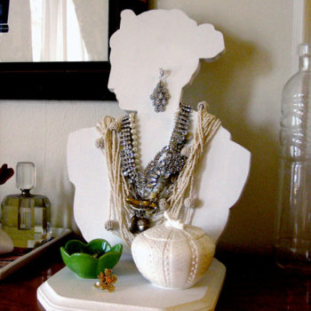 diy project: jewelry bust