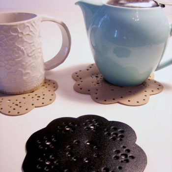 diy project: rubber lace coasters