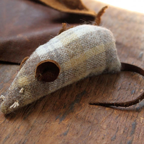 Easy Sewing Projects for Pets - Catnip Mouse