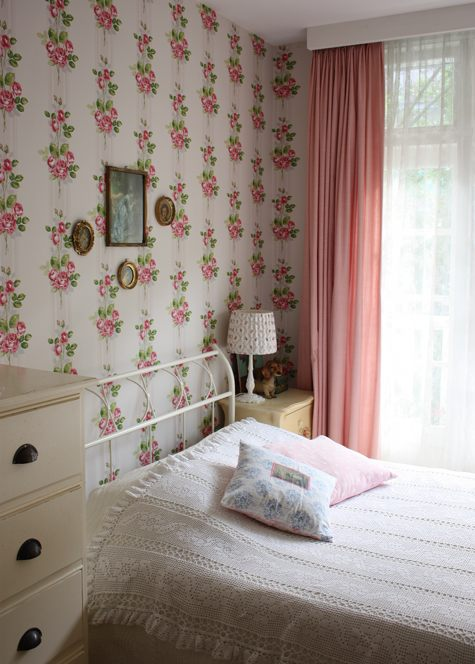 Sneak peek joyce of rosa blu design sponge for Cath kidston bedroom ideas
