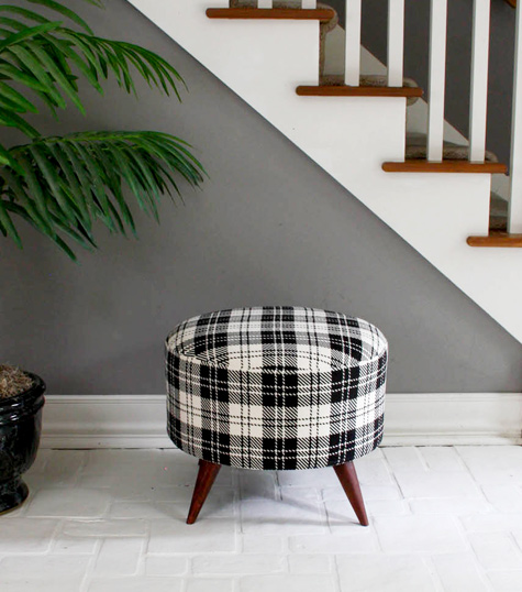 diy project: shelly's salvaged spool ottoman
