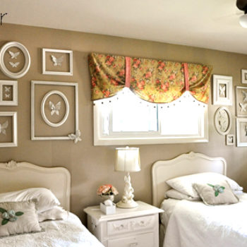 before & after: jennifer's bedroom + amy's key portrait
