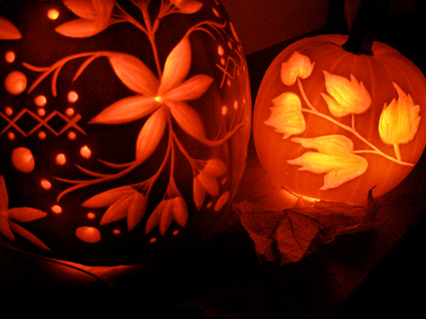 Diy project janices illustrated carved pumpkins designsponge a lifelong crafter i have always loved halloween however as i grow older i find myself conflicted about how much enthusiasm i can display for this maxwellsz