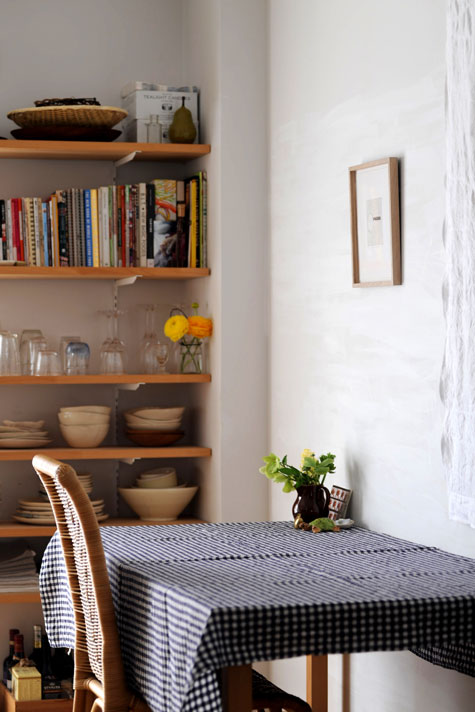 Itu0027s Always A Pleasure To Travel To Different Parts Of The World Via Sneak  Peeks. Todayu0027s Look Into The Home Of Yumiko Sekine Of Fog Linen Work Takes  Us To ...