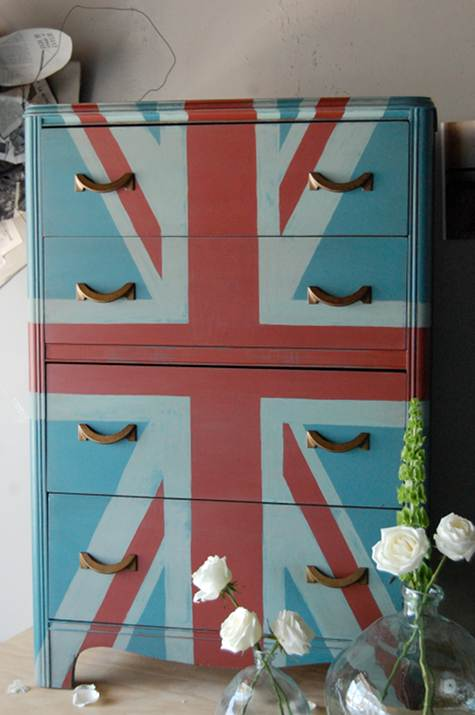 before and after basics union jack is the new black  DesignSponge