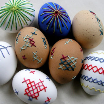 sewing 101: embroidered eggs