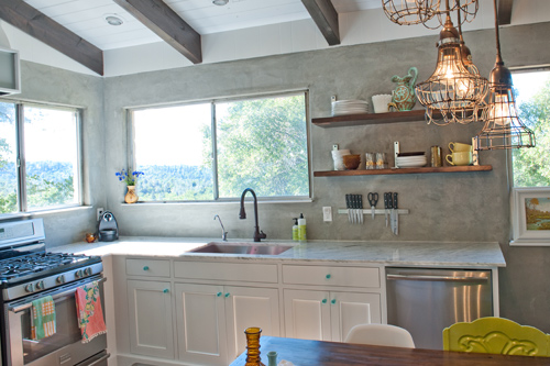 Before & After: Industrial Yet Cozy Kitchen Redo