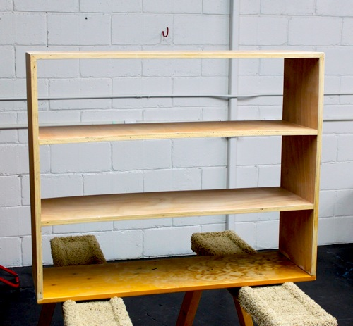 how to make a small bookshelf out of cardboard