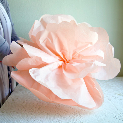 diy project: giant paper flowers from ruche – Design*Sponge