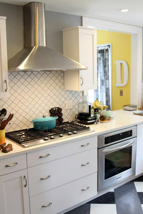 Before Amp After Sunny Kitchen Makeover Design Sponge