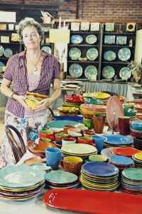 RWOOD-artist-with-her-pottery