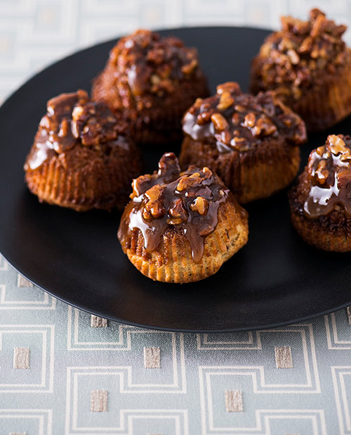 Upside-Down-Sticky-Pecan-Muffins