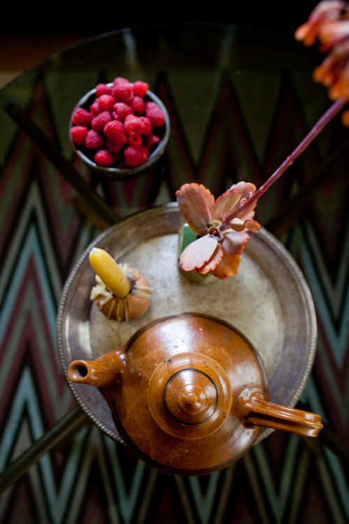 Design Sponge/ I have always loved throwing tea parties and when I was seventeen I spent some time with Bedouins in the Sinai desert, where tea is a very important part of their daily ritual. Since then serving tea has been part of my art practice. To signify our engagement, Nathan gave me this beautiful hand thrown vintage the teapot. It looks a little like magic lamp, if you rub it a genie just come out. He got it from one of our favorite shops, Gravel and Gold in San Francisco.