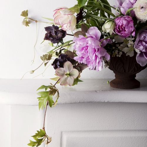 Design*Sponge's Favorite Florists on Instagram: instagram.com/pretty_streets
