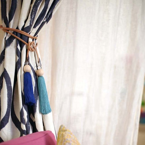Where To Install Curtain Tie Back Hooks Window Curtains D
