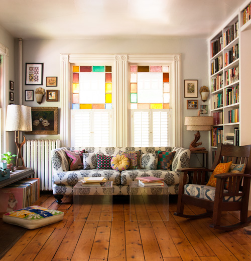 Great Small Living Room Designs By Colin Justin: Touring Musicians Build A Beautiful Home Base In Kingston