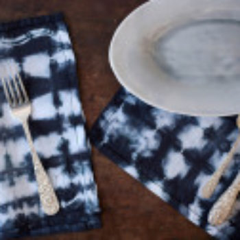 Thanksgiving DIY Project: Vintage Shibori Dyed Napkins by Rebecca Atwood