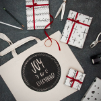 Custom Holiday Gifting With Staples + Free Template Downloads