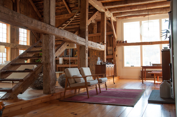A Rural 1800s Barn Becomes A Modern Home Design Sponge