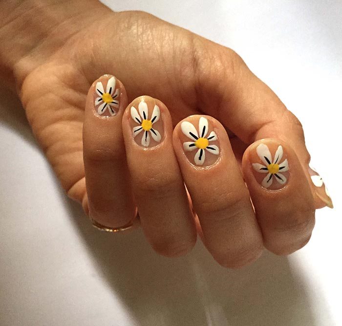 Nail Polish Designs With Sponge Hession Hairdressing