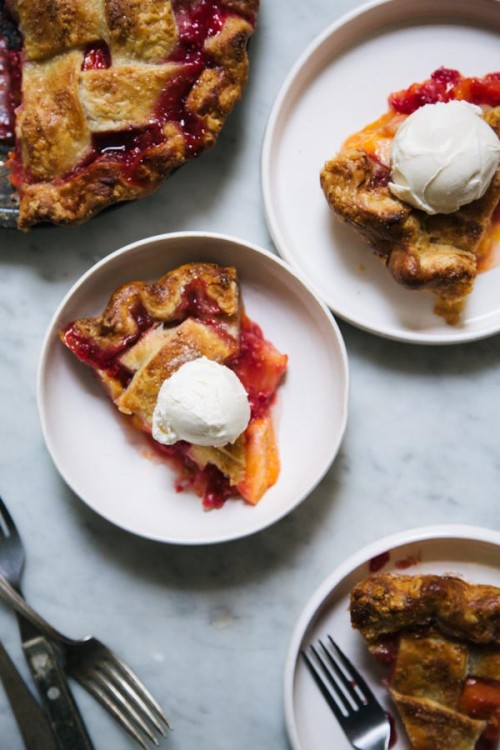 Apricot and Raspberry Pie-8889