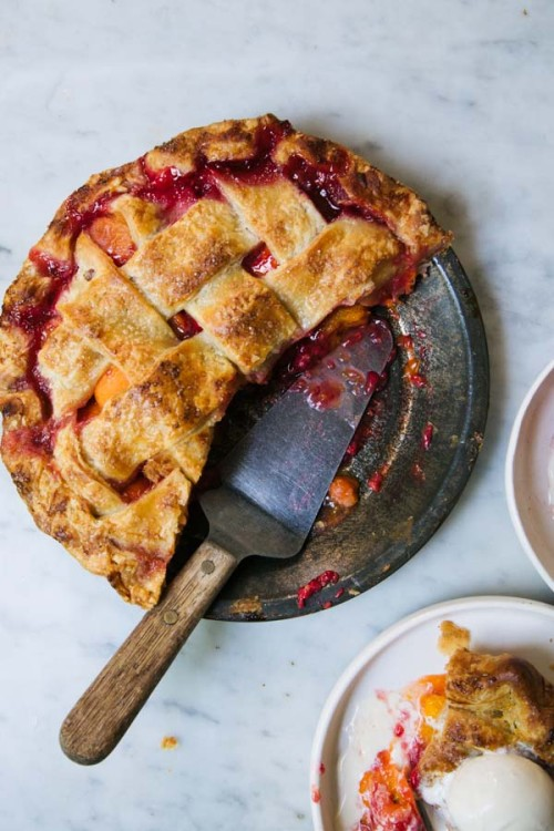 Apricot and Raspberry Pie-8911