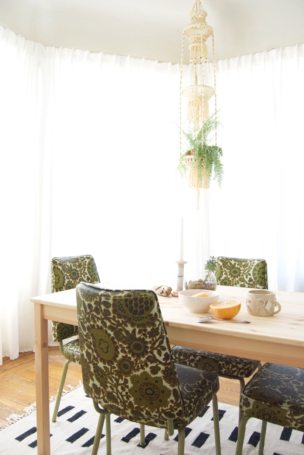 A Light and Lively San Francisco Haunt, on Design*Sponge