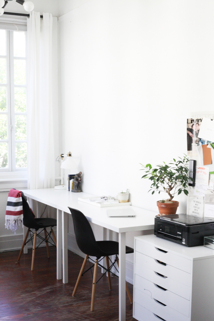 Small-Space Parisian-Living in New Orleans' Garden District