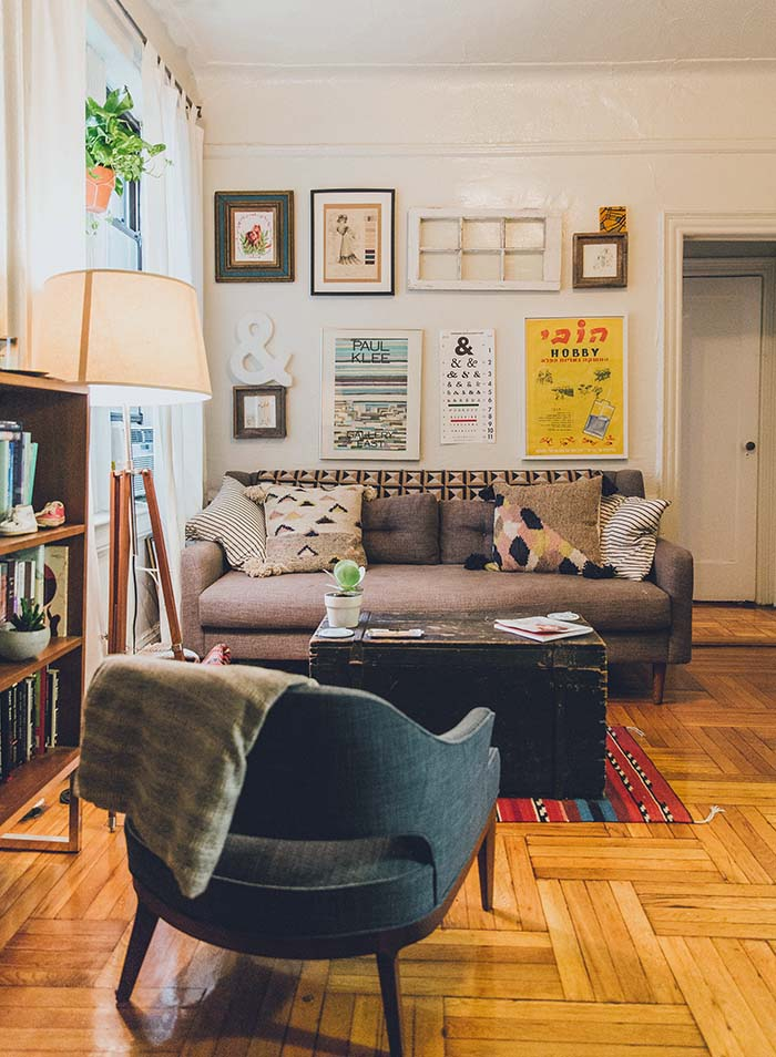 Decorating My Apartment Living Room: A Cozy Brooklyn Apartment For An Artist And Teacher