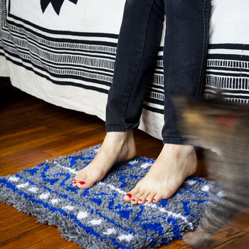 DIY latch hook rug inspired by mud cloth by Jessica Marquez for Design Sponge