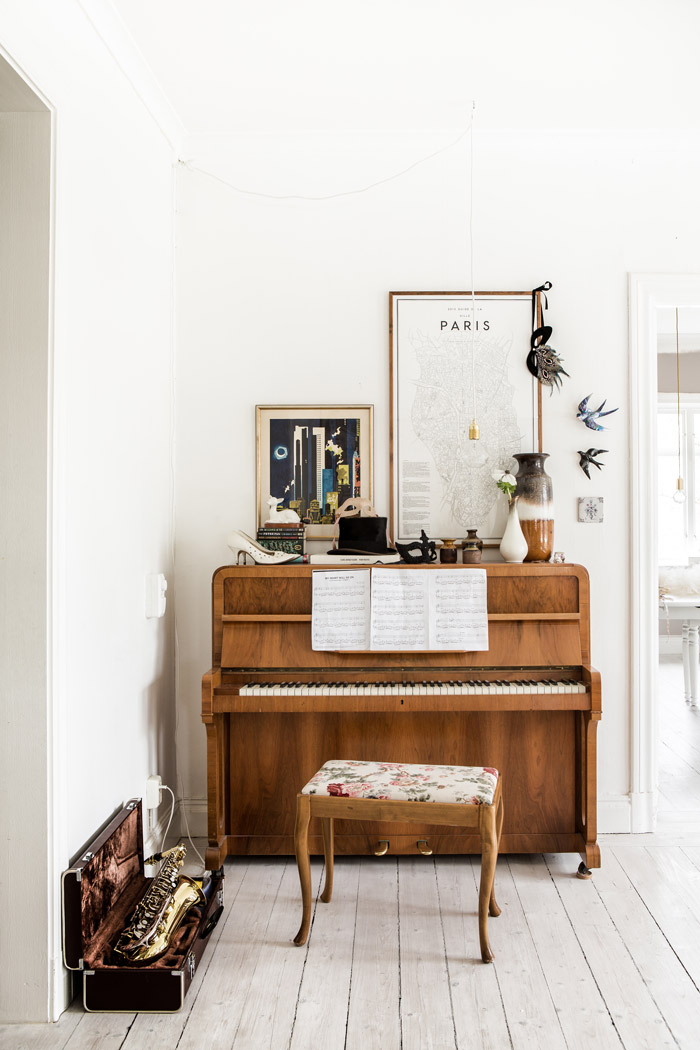A Dozen Gorgeous Pianos That Suit Their Spaces | Design*Sponge
