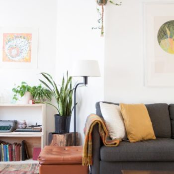 An 1890s Two-flat Building in Chicago with a Mid-Century Spin