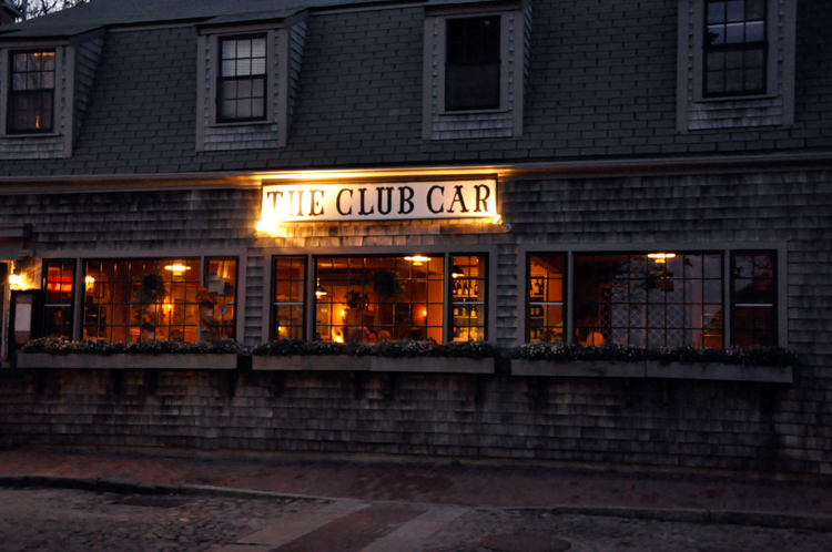 THE CLUB CAR, NANTUCKET (2) cr William DeSousa-Mauk