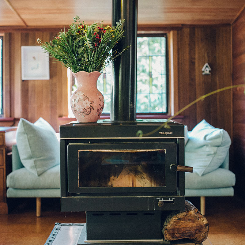 A Remote Cottage in Australia Teeming with Artwork, Design*Sponge