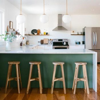 Color Inspiration: Bold and Brilliant Emerald Green