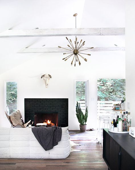 14 Dynamic Rooms with Exposed Beams | Design*Sponge