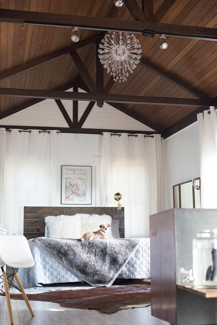 14 Dynamic Rooms With Exposed Beams Design Sponge