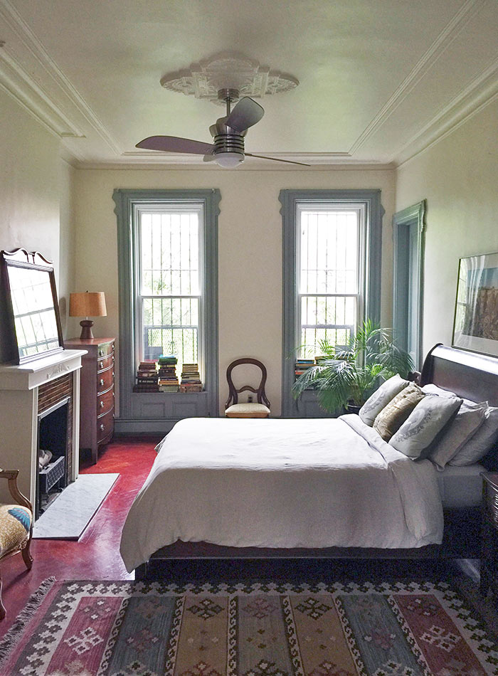 An actor s brooklyn brownstone honors his heritage for Brooklyn bedroom ideas