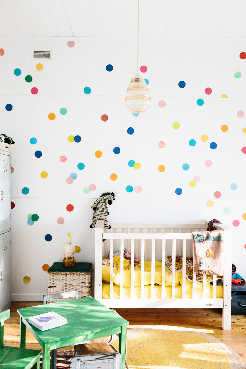 12 Inspiring Accent Walls Created With Only Decor Design*Sponge