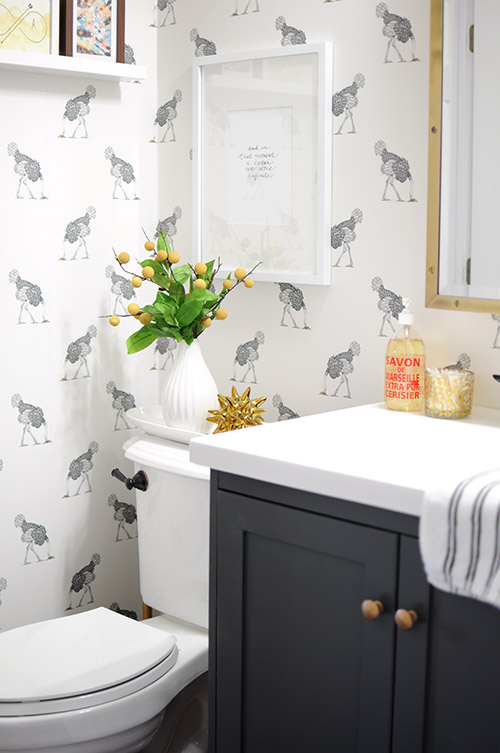 Cute  Ways To Give Your Bathroom Summer Style