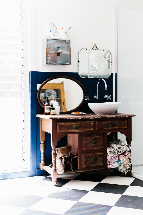 10 Ways To Give Your Bathroom Summer Style