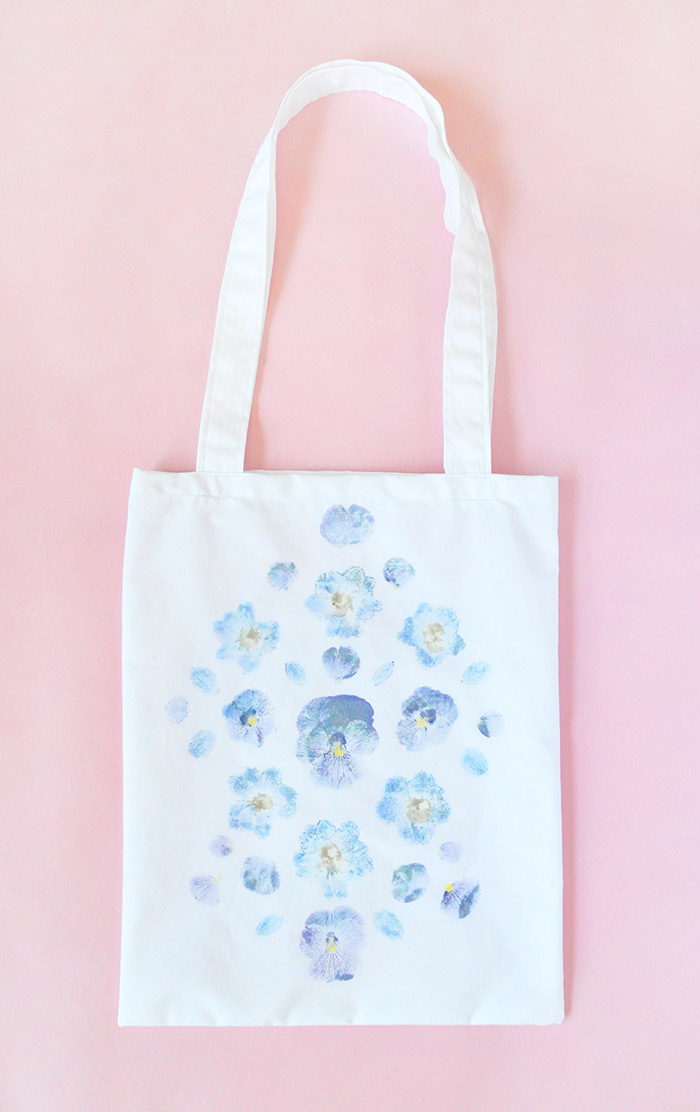 DIY Pounded Flower Tote on Design*Sponge