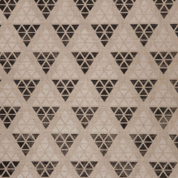 Geneva might be my favorite grasscloth I've seen yet. It's got all the cool geometric print I love in a modern paper, but the classic background of a textured grasscloth (this one is made of sisal).