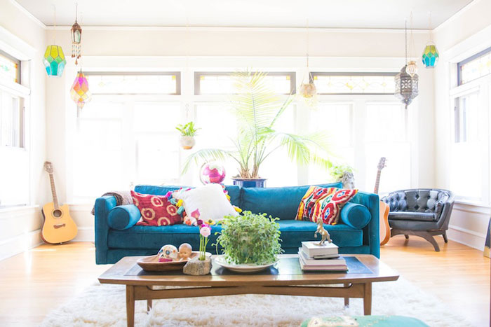Enjoyable A Bright And Happy Chicago Bungalow Design Sponge Home Interior And Landscaping Transignezvosmurscom