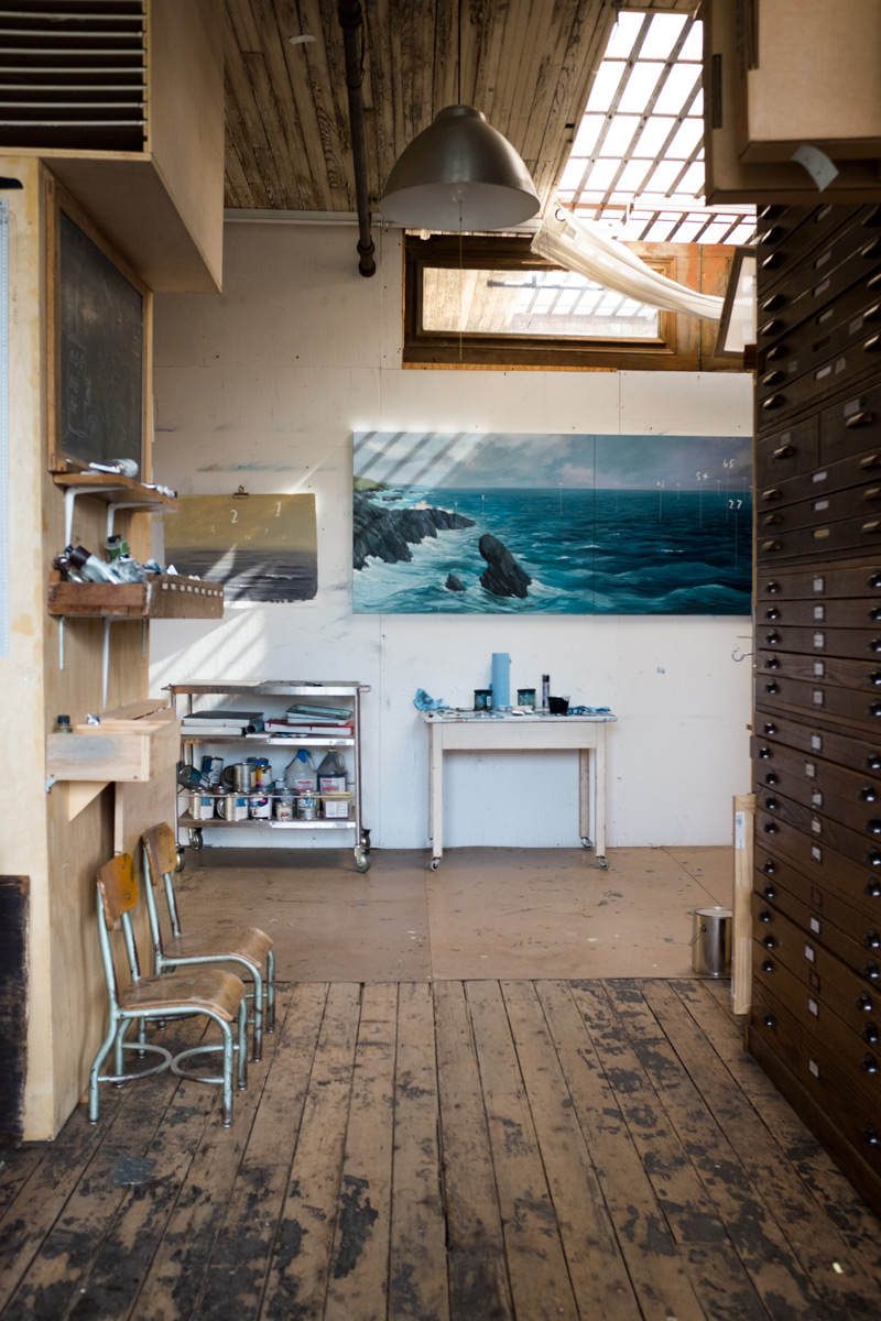 Studio tour with artist and illustrator Oliver Jeffers for Design*Sponge.