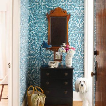 10 Amazing Wallpapered Entryways