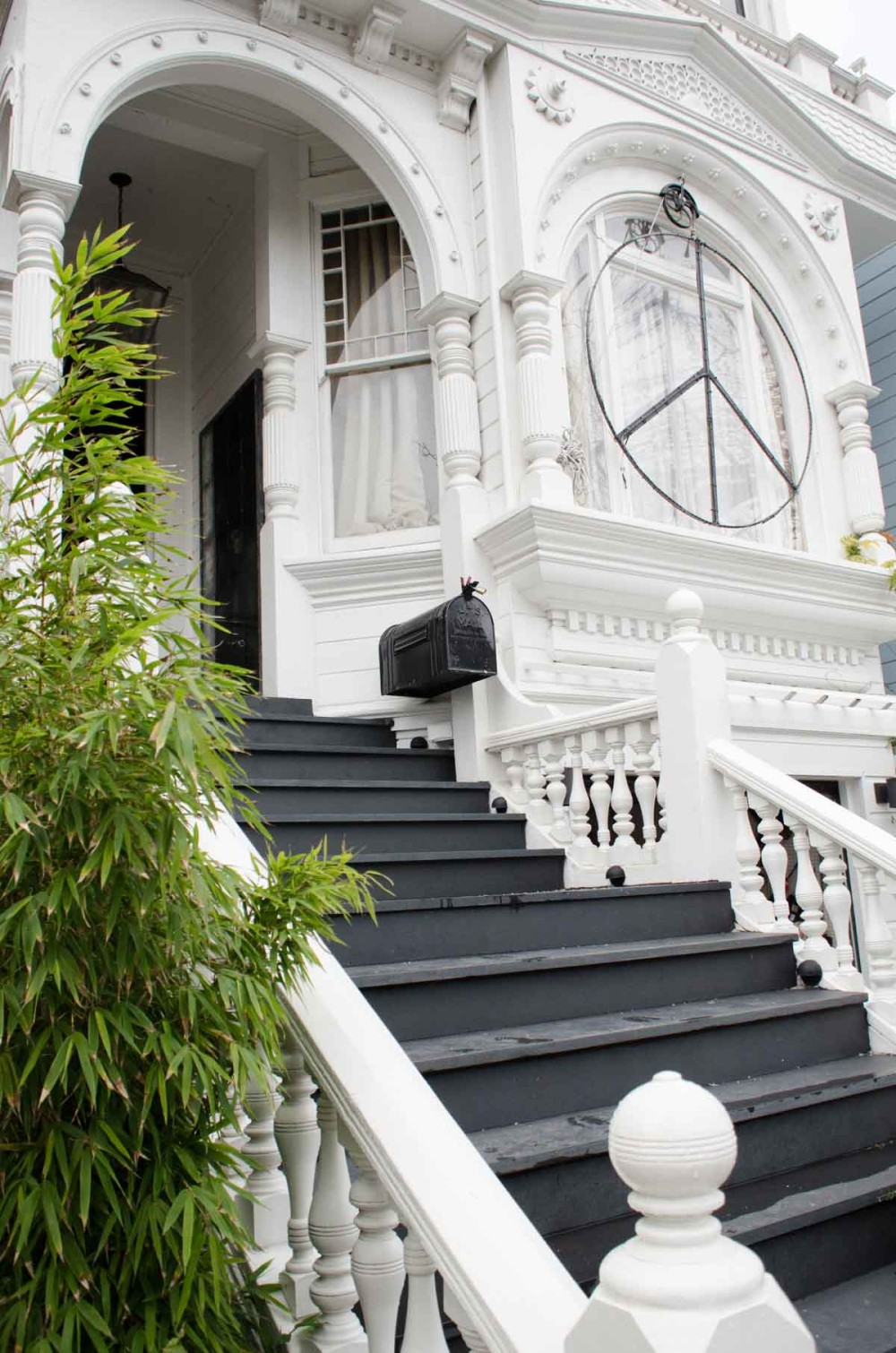 The Peace Symbol Adorning This San Francisco Welcomes Neighbors On Design*Sponge