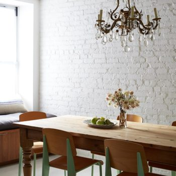 15 Rooms Flaunting Tried & True Farmhouse Tables