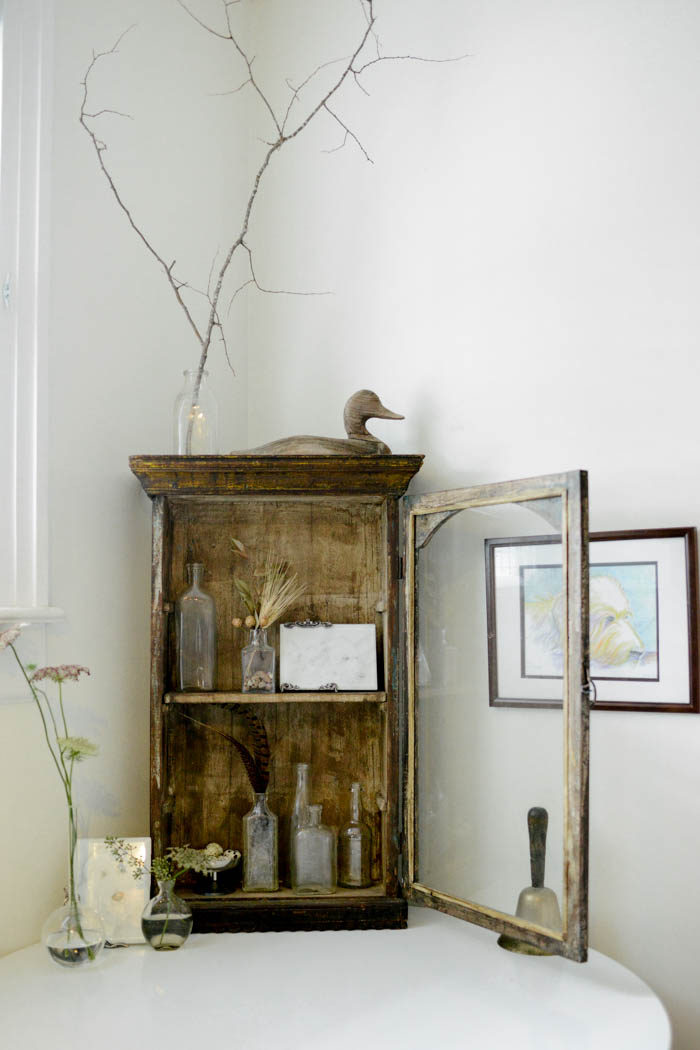 Kim And Dale's Southern Home Is Filled WIth Unique Vignettes On Design*Sponge
